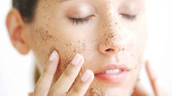 Các cách chăm sóc da vào mùa hè